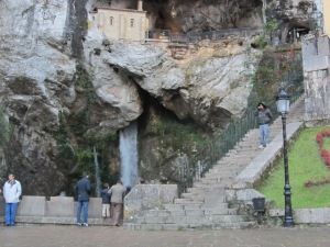 cueva de la santinacovadonga